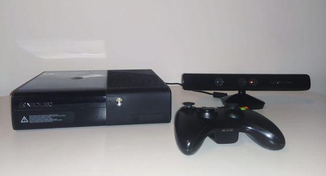 Konsola XBOX 360 +Kinect RGH 37 gier + 2 pady