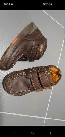 Clarks skórze wygodne buciki na wiosnę rozmiar 25