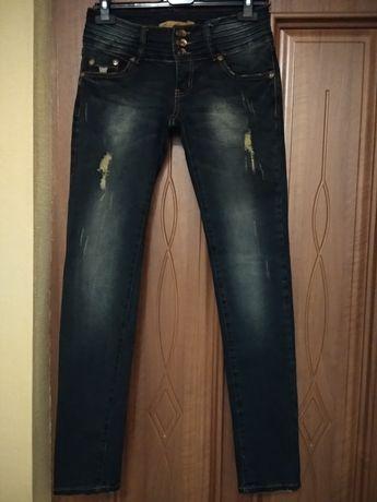 Продам джинсы!Размер 44(28)