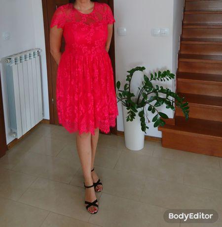 Sukienka koronkowa Mohito