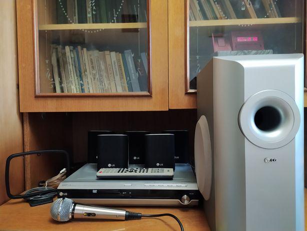 Домашній кінотеатр. Акустична система LG LH-T252SC