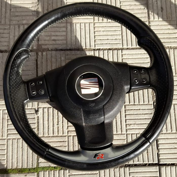 Kierownica skórzana Multifunkcyjna Seat Leon II FR Kraśnik - image 1
