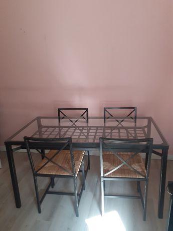 Stół szklany Ikea z 4 krzesłami