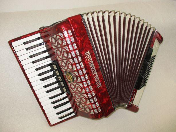 Akordeon Royal Standard, 80-klawiatura ,3 chóry stan bdb zamiana !!!