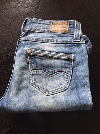 Levis spodnie 26 damskie