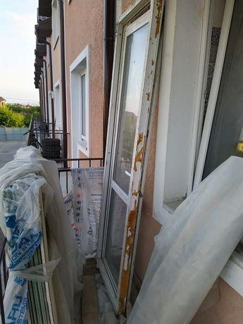 Двери балконные (с режимом проветривания, без замка) Размер 0,77х2,32м