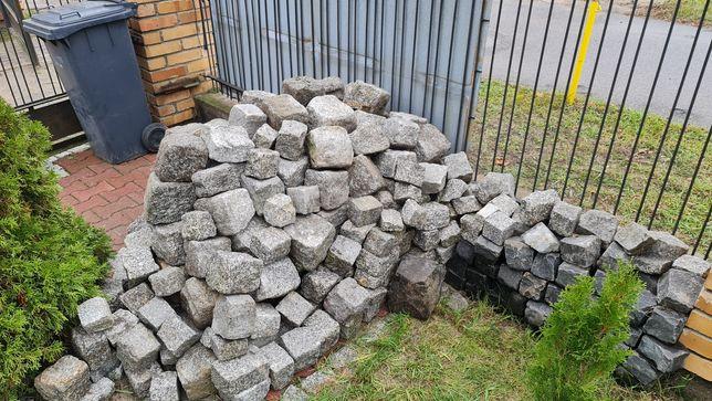 Kostka granitowa brukowa 2 tony duza ok 8-10 m2