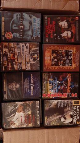 DVD диски с фильмами и музыкой