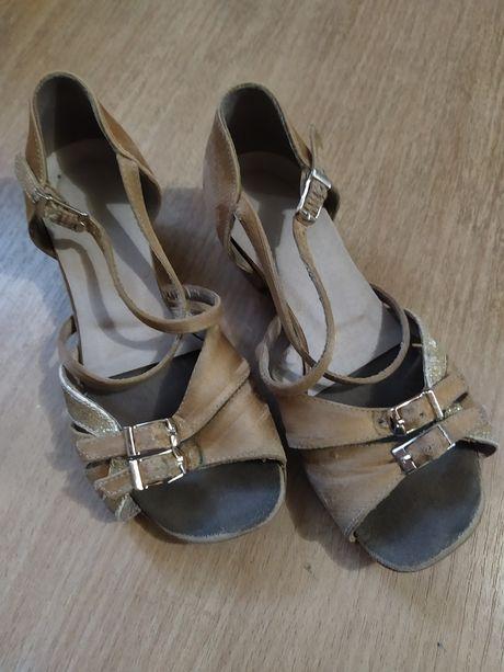 Туфли туфельки для танцев,танцевальные