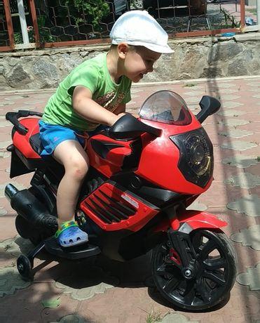 Детский спортивный мотоцикл