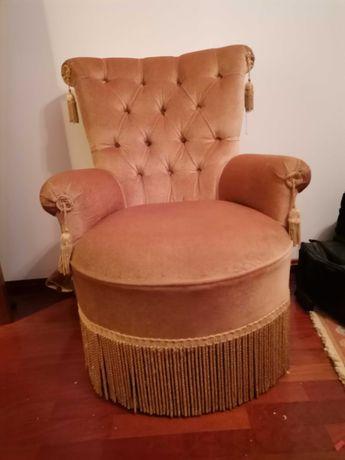 Cadeirao/Senhorinha em veludo