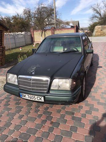 Mercedes-Benz-E 124 1993