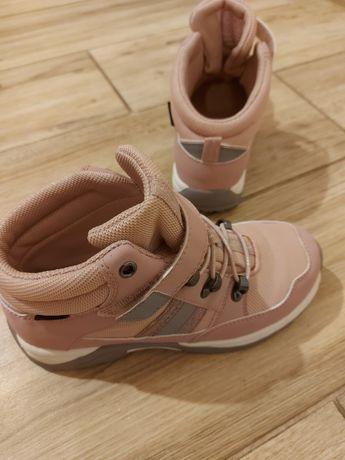 Wodoszczelne buty sportowe H&M