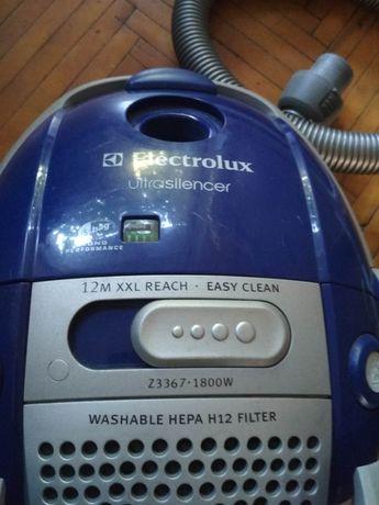 Продам пылесос Electrolux