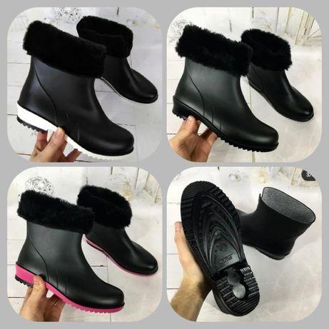 Женские зимние утепленные резиновые ботинки, сапоги. Три модели
