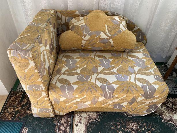 Продам диван тахта 1.9х0.8