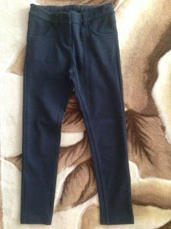 Школьные штаны для девочки фирмы Next р. 9 (134 см)