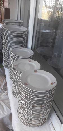 Белые тарелки ,продам.