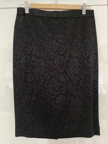 Czarna ołówkowa spodnica M&S r. S