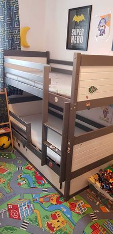 Łóżko piętrowe + 2 materace 160x80cm