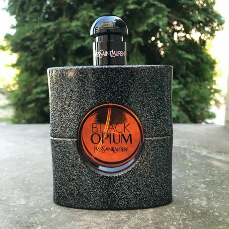 Yves Saint Laurent Black Opium