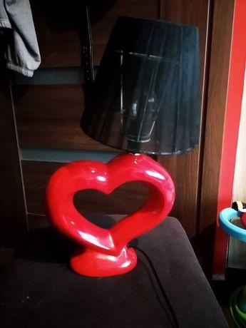 Czerwona lampka nocna serce