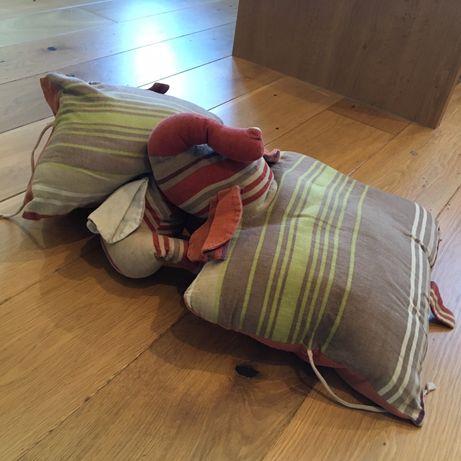 Poduszki jaśki w kształcie slonia
