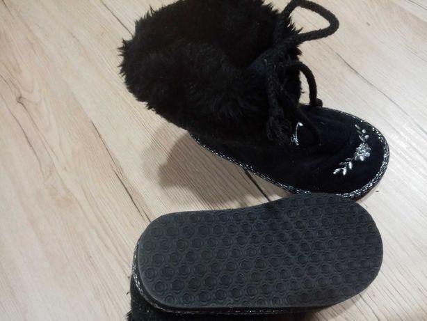 Mukluki dziecięce, czarne śniegowce z futerkiem 25