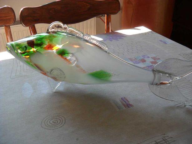 Szklana ryba z  PRLu