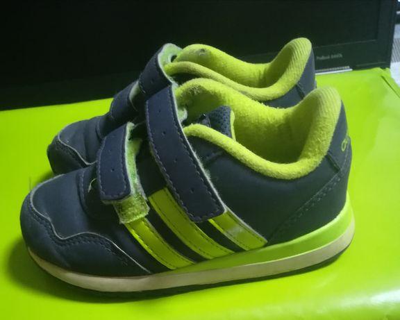 Sapatilhas Adidas n°21