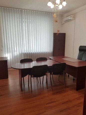 Сдам офис возле метро, Позняки, Харьковская. Ахматовой 13