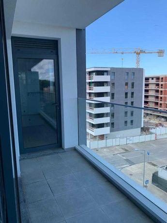 Arrendamento de Apartamento T2 na rua Fernando Lanhas, 108