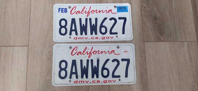 Парные американские номерные знаки USA