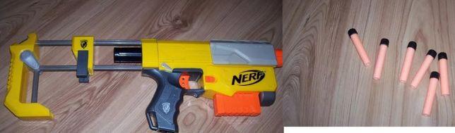 Pistolet NERF + strzałki