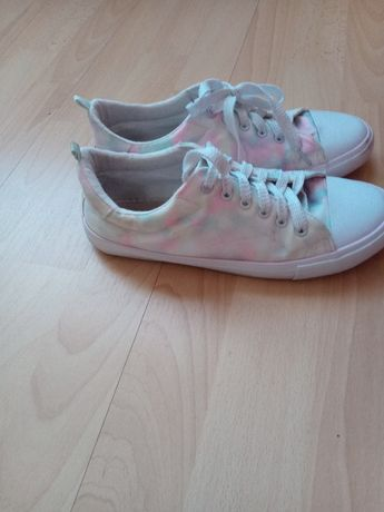 Buty sportowe tenisówki rozmiar 38