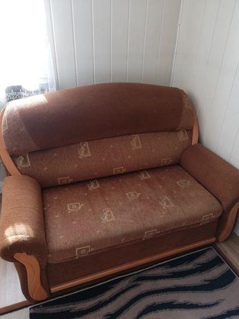 Sofa 2-osobowa rozkładana+dywan gratis
