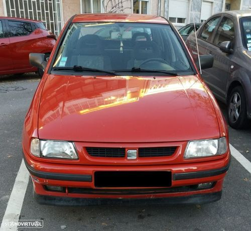 SEAT Ibiza 1.3i GLX