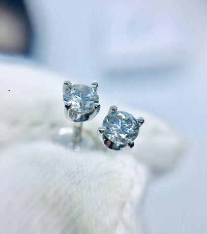 Золотые сережки серьги пусеты с бриллиантами дома Сова. 0.32 карат.