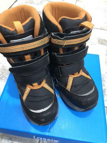 Зимние ботинки для мальчика 33 р