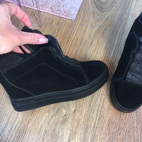 Ботиночки натуральный замш 36-37 размер