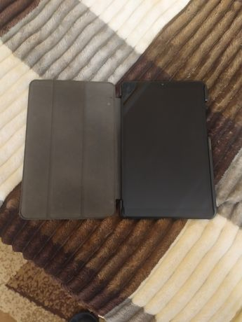 Продам планшет Lenovo Tab M8 Iron Grey 2/32