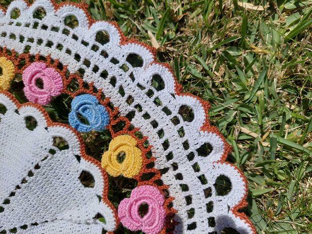 rendas da avó - flores coloridas
