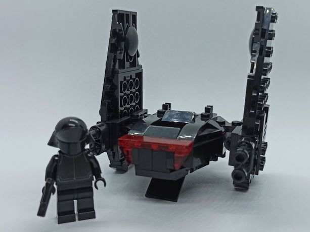 LEGO Star Wars Kylo Ren's Command Shuttle microfighter + stojak