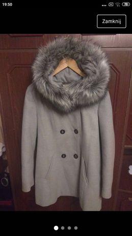 Płaszcz zimowy prawie nowy