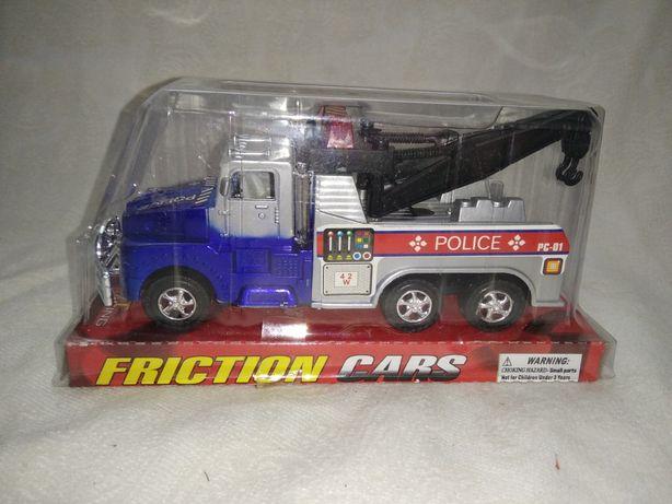 Игрушечная полицейская машинка