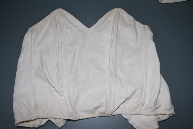 Gorset skórzany Balmain , biały 42, okazja, cena z przesyłką