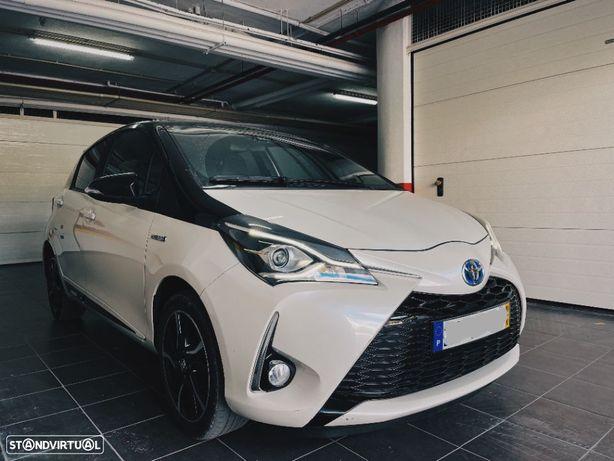 Toyota Yaris 1.5 HSD Square Collec.White
