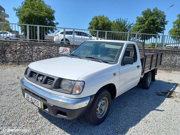Nissan Pick-Up D22 2.5D 3LUG