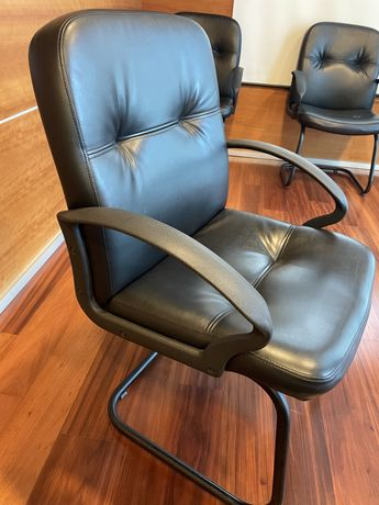 Cadeira de sala de reunião ou de espera
