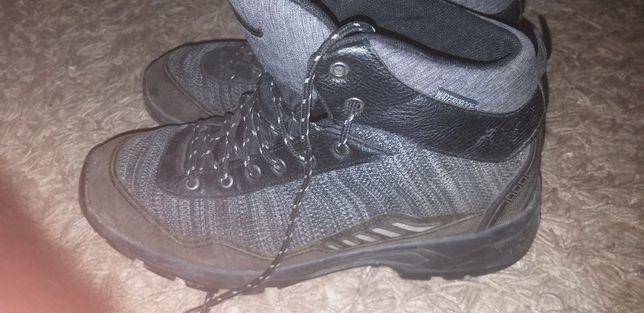 Лёгкие трекинговые ботинки